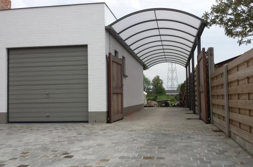 Carport avec toiture cintrée 5