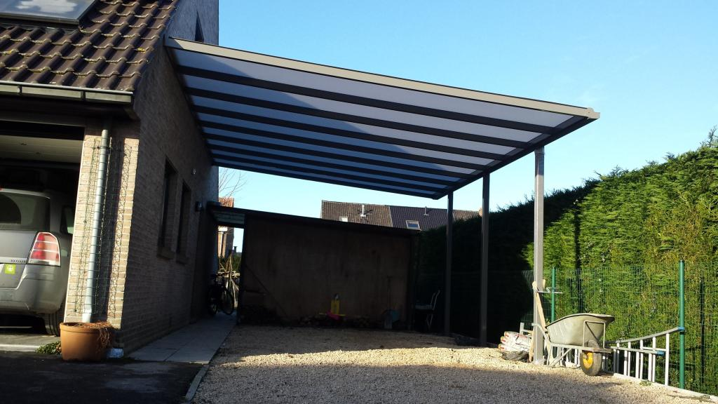carport avec une toiture en appentis vermocarports. Black Bedroom Furniture Sets. Home Design Ideas